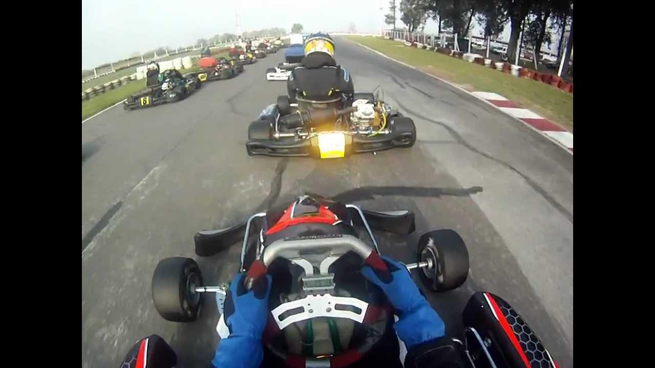 Circuito Zarate : Kart plus zarate circuito final mp youtube