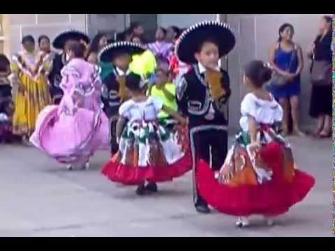 Danzas...Iglesia la Merced Chicago IL