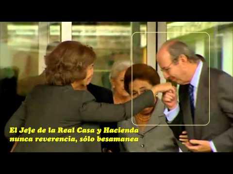 La Reverencia Salutatis de la infanta Margarita Borbón a la reina Sofía visitando al rey Juan Carlos