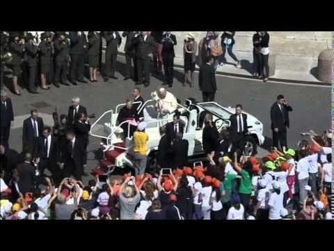 3141WD VATICAN-POPE MIDEAST BALKAN FLOODS