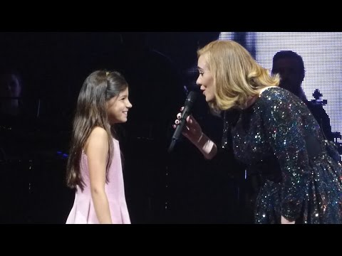 ADELE & little girl / Rumour Has It, Köln 2016-05-14 Cologne