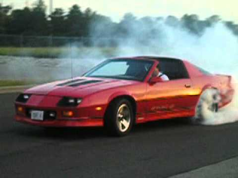 87 Iroc Z Camaro Burnout Youtube