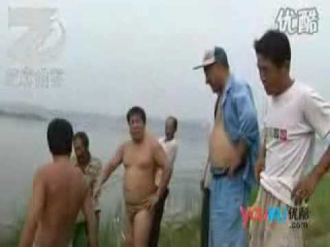 Chinese Farmer Builds Himself A Submarine