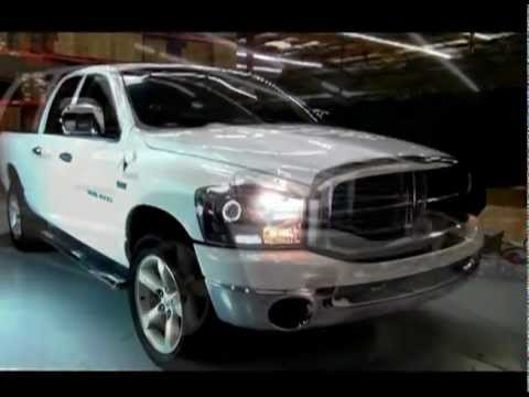 Spyder Auto Installation: 2006-08 Dodge Ram 1500 CCFL LED Halo Projector Headlights