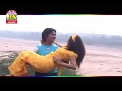 Nadi Kothe Besi Piyu Jove - Radha Tu Mari Jaan - Gujarati video