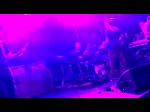 "HUM ""I Hate It Too"" LiVE in Boston hard alternative metal space rock shoegaze post-hardcore"