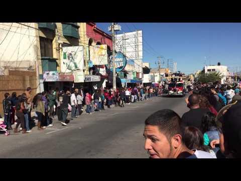 Desfile nogales 2014