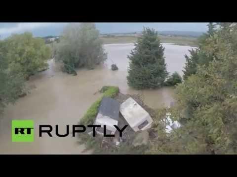 Проливные дожди привели к наводнению на юге Франции (СЪЕМКА С БЕСПИЛОТНИКА)