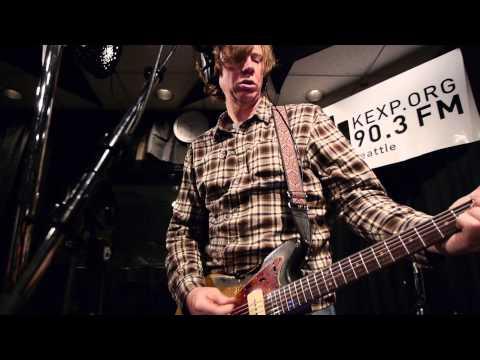 Chelsea Light Moving - Groovy & Linda (Live @ KEXP, 2013)