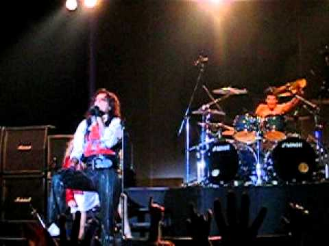 Alice Cooper - Gutter Cat Vs. The Jets & Backyard Brawl (Live in Thessaloniki, Greece 2004)