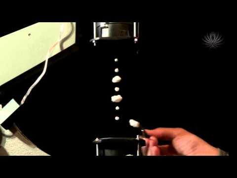 Левитация в звуковой стоячей волне (11 кГц)