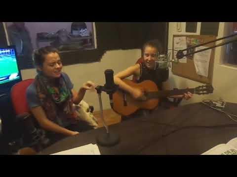 Cumbia mashup 2 - Julia y Milu CN (vivo en Plusválidos Radio)