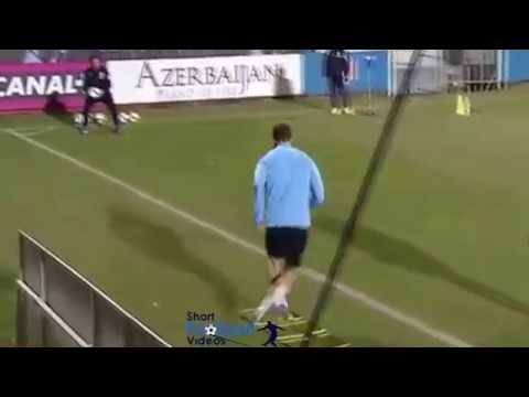 Fernando Torres' 1st Atletico Madrid training session.
