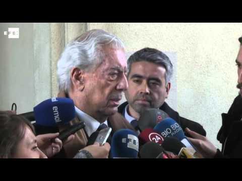 Michelle Bachelet y Vargas Llosa analizan la situación en América Latina