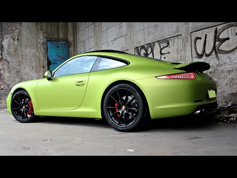Green Porsche 911 Carrera S - Rage mode