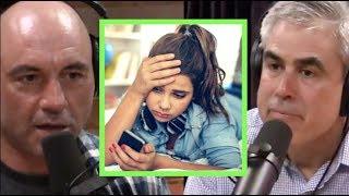 Joe Rogan & Jonathan Haidt - Social Media is Giving Kids Anxiety