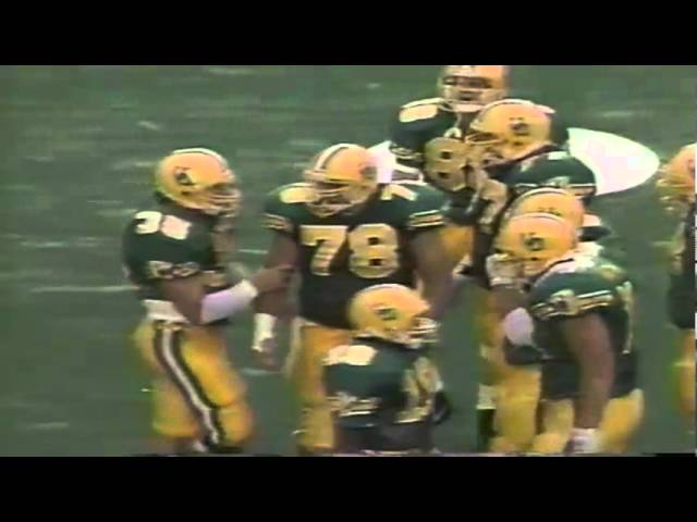 Oregon FB Brandon Jumper runs for a first down vs. WSU 9-07-1991