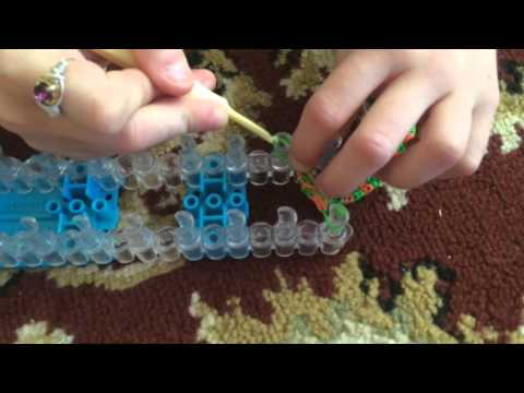 How to make a Quad fishtail bracelet on rainbow loom 4 pin easy