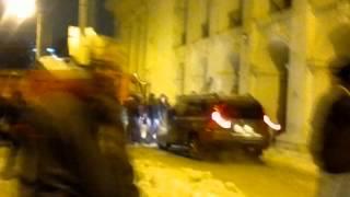 Напад на активістів Гостинної республіки!