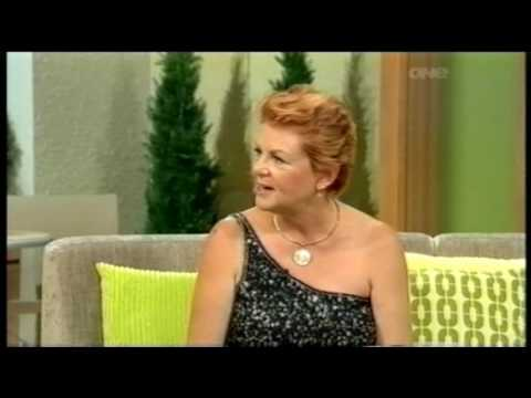 Edwina Thorne plays 'The Bridge' on the Good Morning Show