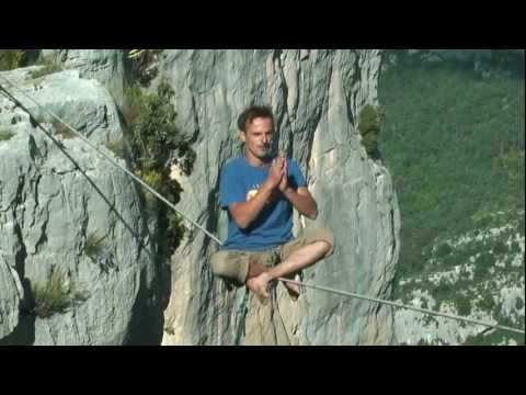 Folie verdonesque / Verdon Craziness : Highline, Rope Jump, Base Jump, Swing Base, Swing Line