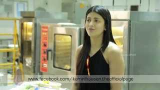 Shruti Haasan in the sets of Thoongaavanam