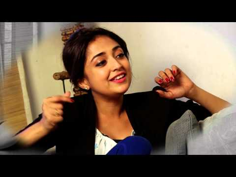 Monali Thakur || Sings aga Bai From The Movie 'aiyyaa' || Sneak Peak video