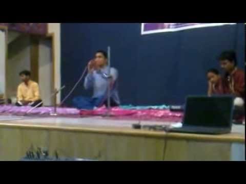 Pratik Kamboj Sings Majhe Maher Pandhari... video