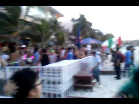 Amaneciendo en Playa del Carmen