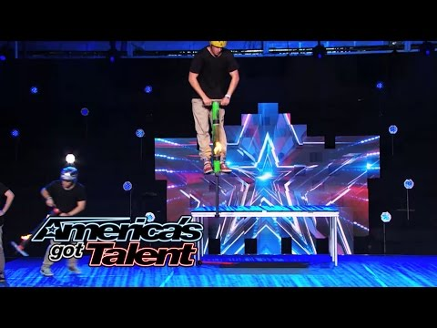 Xpogo Stunt Crew: Extreme Pogo Act Steps Up Their Tricks - America's Got Talent 2014 klip izle