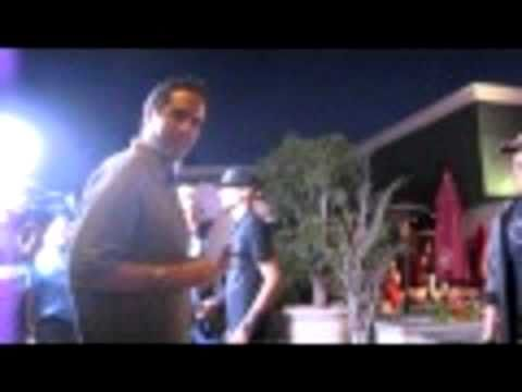 WATCH Conan Fan Confronts Jay Leno in Public (I m With Coco) (Part 1)