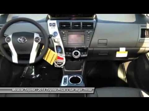 2014 Toyota Prius v 5dr Wgn Three Haines City FL 33884