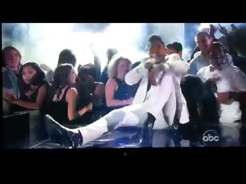 Miguel Falls On Girl During 2013 Billboard Music Awards Performance
