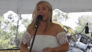 download lagu Chloë Agnew - 5. Rattlin' Bog - Live  gratis
