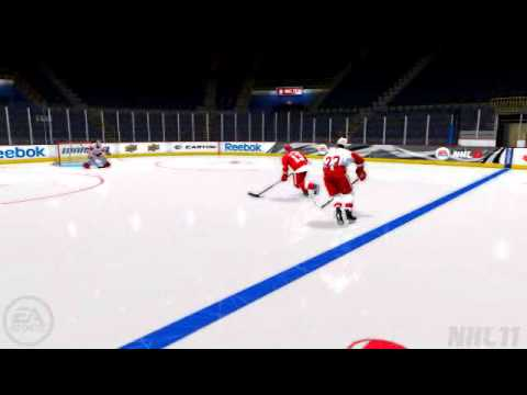 Pavel Datsuyk tricks a defender in NHL 11!