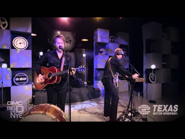 The O's - Go With Me; Big D NYE 2015 Fast Track To Fame