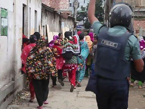 Raw: Bangladesh Garment Workers, Police Clash