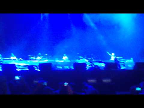 Eminem Lollapalooza Entrance / Won't back down HD