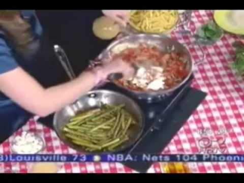 Skinny Chef Jennifer Iserloh Prepares BLT Pasta