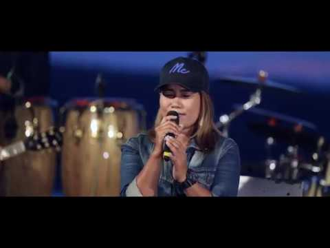 เมื่อไหร่จะจำ-Cover by MAHAHING [อ้อมใจ มหาหิงค์] Live สด !!