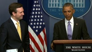 Obama surprises at final White House briefing