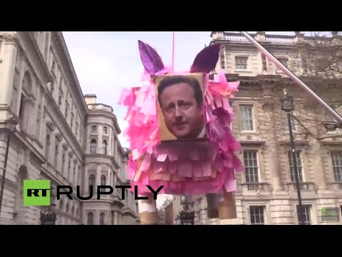 LIVE: Protesters call for David Cameron's resignation following Panama leaks
