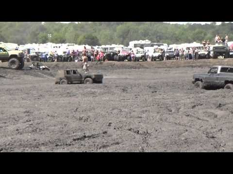 Little video of the Chevy love killing it at Rednecks with paychecks september 2014