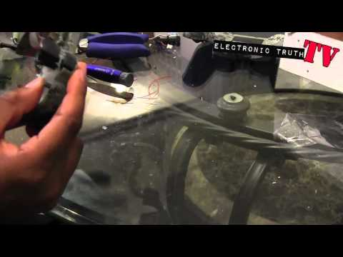 How to Mod a PS3 Controller Part 4.mov