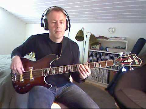 ABBA - One Of Us - Bass Playalong