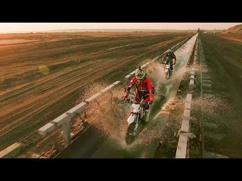 Hard Enduro Freeriding Through the Belchatow Coal Mine