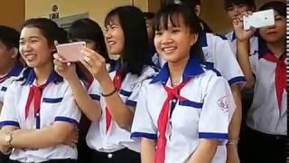 Dân vũ lớp 8/2, ngày 11/3/2017. Trường THCS Hòa Khánh, Cái Bè, Tiền Giang