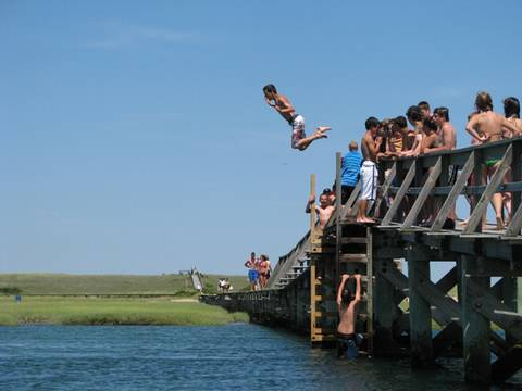 Jumping off the Sandwich Boardwalk!