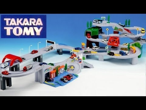 3 Tomica Playsets Highway Pursuit Speedway Tomy Auto Parking Garage w/ Disney Pixar Cars 2