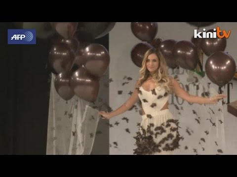 Salon du Chocolat opens with chocolate fashion show in Paris